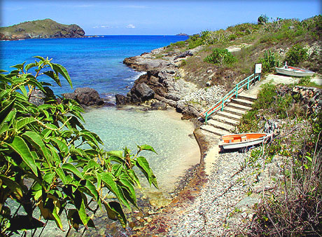 Petite anse a st barts st barths st barthelemy st for Marigot beach st barts